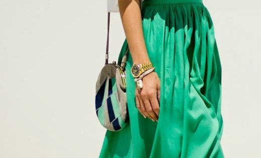 Zeliha Fashion Blog: Green Pleated Maxi Skirts Top White