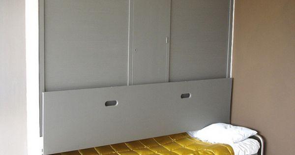 Le Corbusier House - Hideaway bed