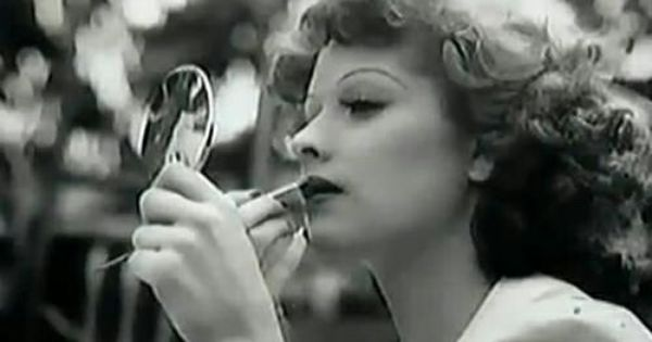 Putting On Makeup Lucille Ball And 1940s