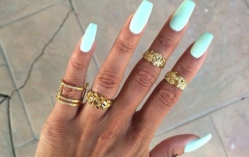 Dope Nails of the Day: Pastels & Midi Rings - McKenzie Renae