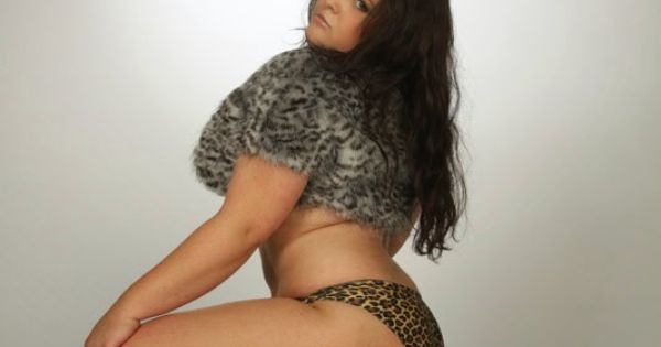Fat Teen Brunette With 47
