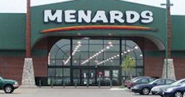 Menards Plans Store Near Schlitterbahn In Kck Kansas City Business Journal Kansas City Menards Vacation Village