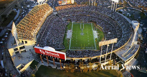 Overstock Com Coliseum Oakland Raiders Football Nfl Stadiums Oakland Coliseum