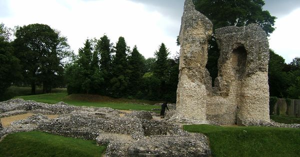 Ruins Of Ludgershall Castle Once Owned By John Wiltshire Castle Tower Bridge