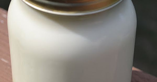 Homemade French Vanilla Coffee Creamer. Yes! Healthier - sans all the chemicals