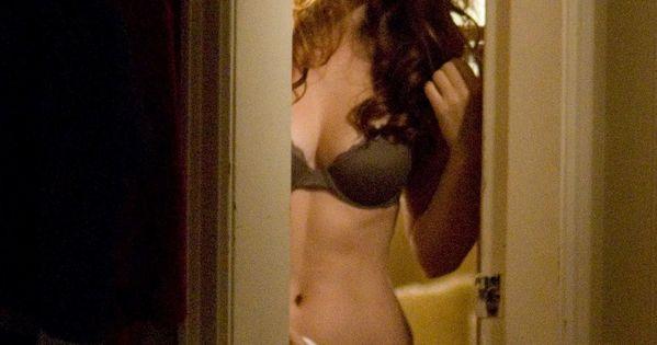 elizabeth hurley hot sex scene naked