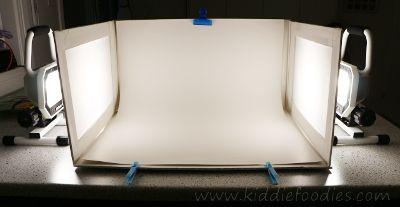 How To Build A Foldable Lightbox Food Photography Kiddie Foodies Light Box Photography Photo Light Box Light Box