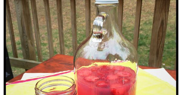 Hippie Juice: watermelon vodka, coconut rum, triple sec and pink lemonade. Click