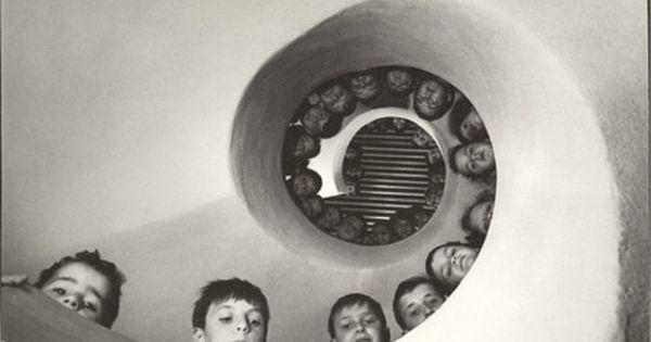 Martine Franck. Bibliothèque pour enfants, Clamart, France, 1965