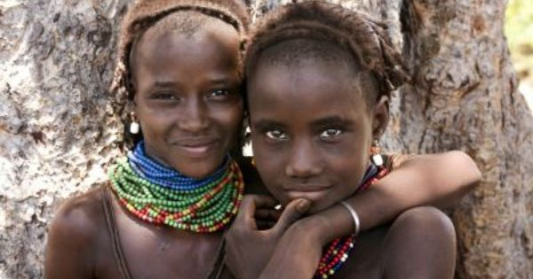 Grauer School Presents Compelling Presentation Of African Tribal