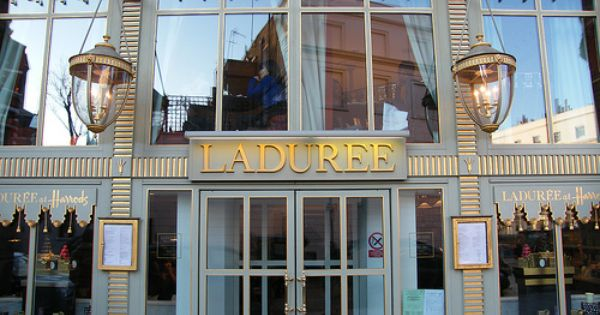 Laduree French Confectionary Shop At Harrod S In London Yes Yes Yes Laduree Laduree London Laduree Harrods