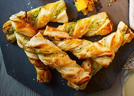 Puff pastry is ideal for canap s try twisted with cream for Puff pastry canape ideas