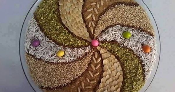 Http Www Ouarsenis Com Up Uploads Ouarsenis Com143169989824053 Jpg Food Decoration Culinary Arts Arabic Food