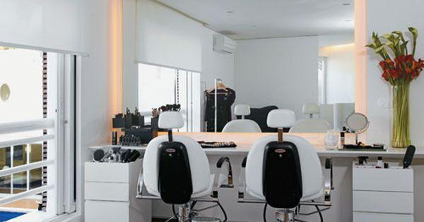 Como Organizar Cremes E Cosmeticos Com Imagens Salao De Beleza