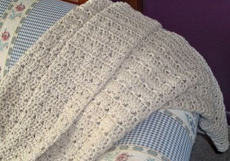 Classically Simple Shell An Easy Afghan To Crochet