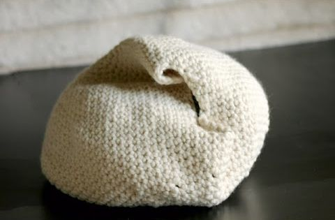 Handmade crochet cat bed. Again, making me wish I knew how to