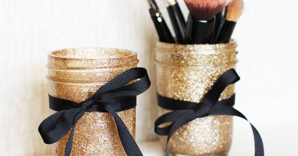 DIY Glitter Jars for makeup brushes/ pens/ pencils....or whatever else you want!