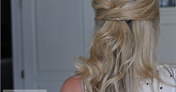 The Small Things Blog: hair tutorials She has such cute hair styles