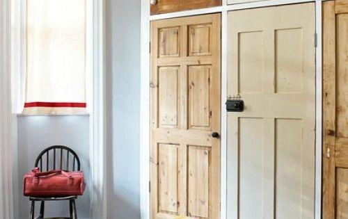 Armario empotrado con puertas recicladas interior for Puertas recicladas