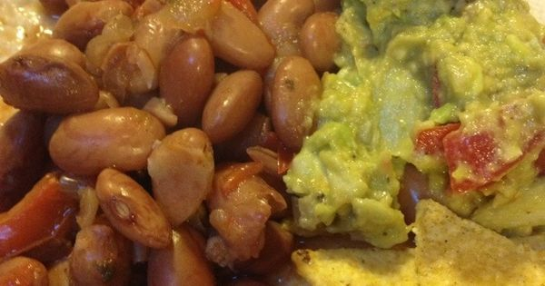 Travel Bites: Ericas Famous Drunken Pinto Beans (Borracho Beans) - TRY!