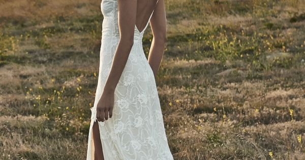 Simple, summer, wedding dress!