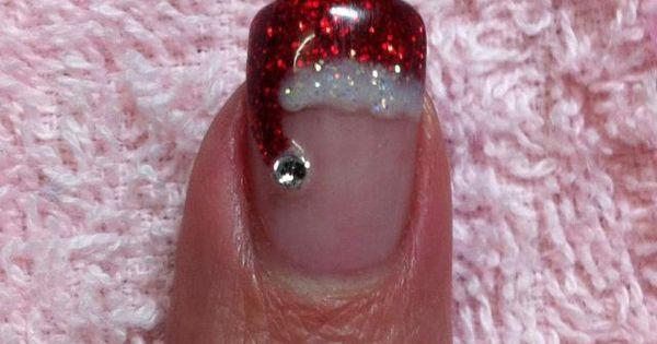 Cute nail idea for Christmas.