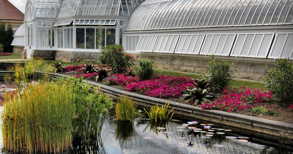 Phipps Conservatory Botanical Gardens In Oakland Pa