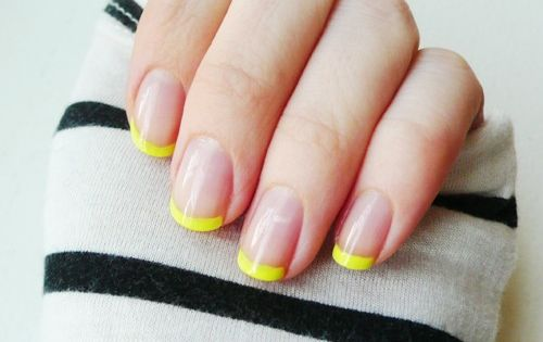 :: yellow tips ::