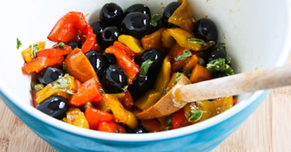 Salad with Grilled Bell Peppers, Olives, and Capers | Tapas, Salads ...