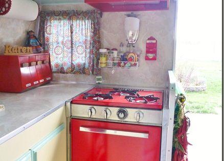 Teeny vintage kitchen