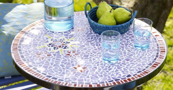 Diy une table de jardin en mosa que d co bricolage et for Petite table de jardin mosaique