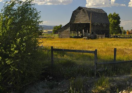 beautiful country scenery...babbling brook, blue sky, and a great old barn!