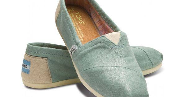 Mint toms. I want them right meow! Mint Metallic Linen Women's Classics