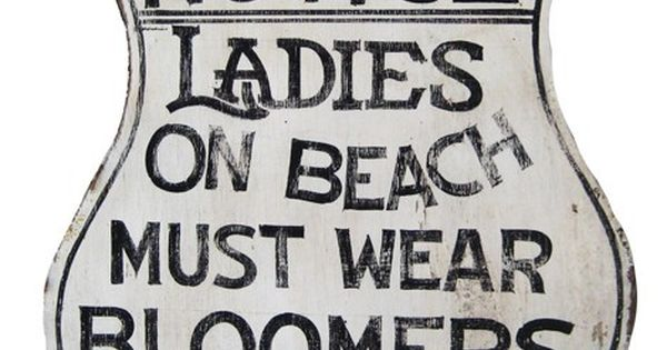 A great vintage beach house sign - free printable at justsomethingimad... printable