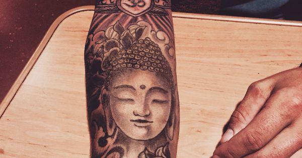 Budha tattoo with lotus lotus tattoo budha cool for Arm mural tattoos