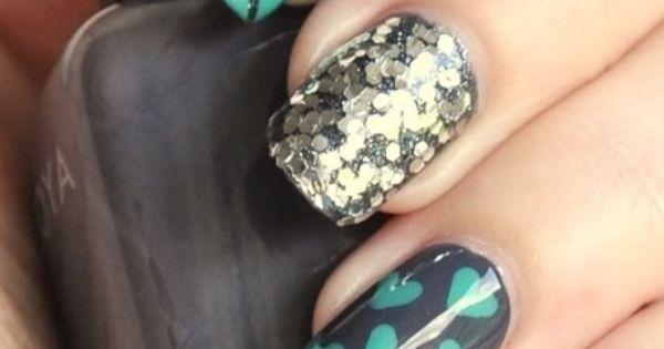 Cute sparkly nail designs