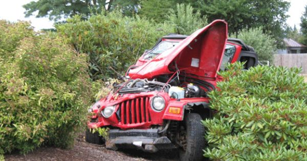 Jeep crash accident pictures photo accidents crashes for There are usually collisions in a motor vehicle crash