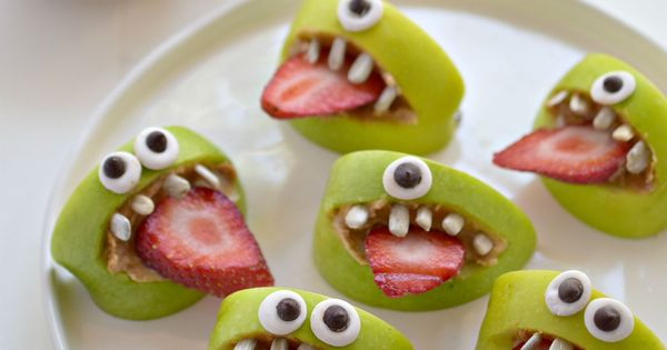 Make snacking fun by turning regular apples into silly apple bites. Your