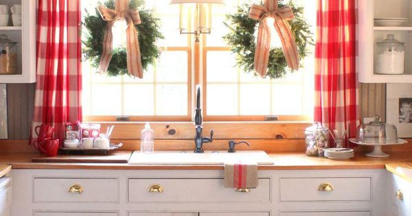 Style Idea Decorate Your Kitchen For Christmas With Red