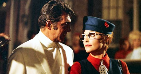 Any Of You Who Haven T Seen The Wrecking Crew Really Should It S Probably Sharon S Best Performance As A Come Sharon Tate Dean Martin Old Hollywood Actresses