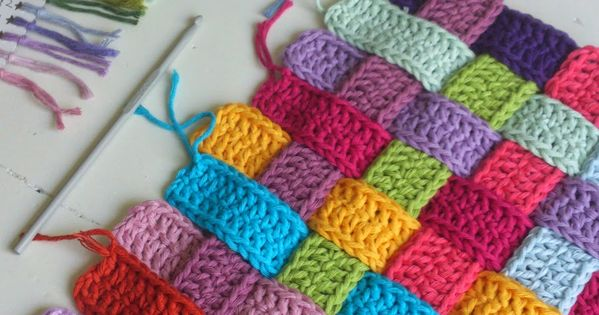 Basket Weave Crochet Strips Bench Cover Photo Tutorial