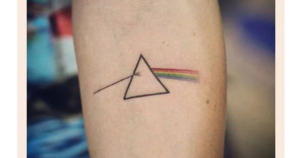 25 Pink Floyd Tattoos That Got Us Seeing The Dark Side Of The Moon Tatto Pinterest