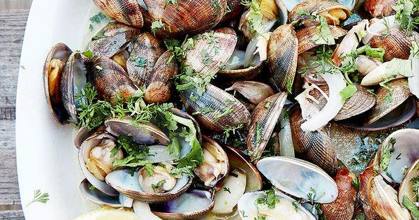 Palourdes l 39 ail et coriandre recette palourdes for Cuisiner des palourdes