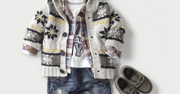 vintage pretty: Cutest Baby Clothes! Love the top sweater and shoes