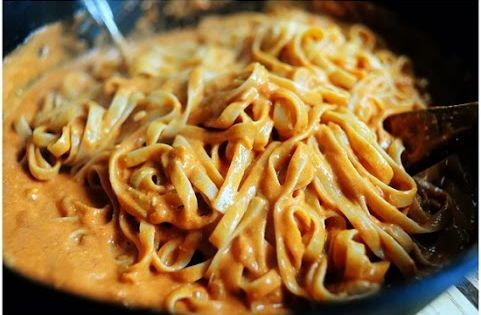 Pasta with Tomato Cream Sauce. Perfect simple dinner. RP by Splashtablet -