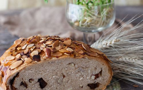 Fig bread, Figs and New zealand on Pinterest
