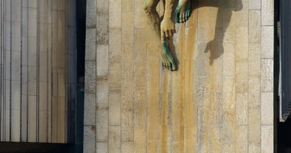 Bronze sculpture of the River-God Tyne by David Wynne mounted on the