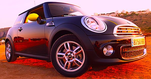 Mini Fluor Edition 2013 Bogue Coches Motor Automoviles Conducir Pruebas Test Bogue
