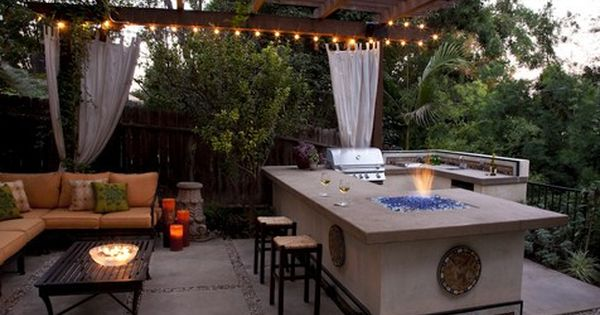 Outdoor entertaining has never been so tempting for Outdoor entertainment area on a budget