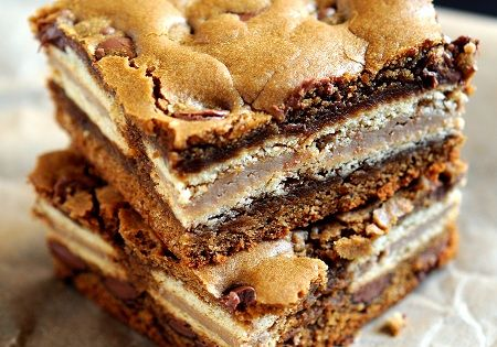 Milk Chocolate Chip Gingerbread Oreo Bars Recipe